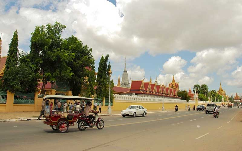 Royal-Palace_Phnom-Penh
