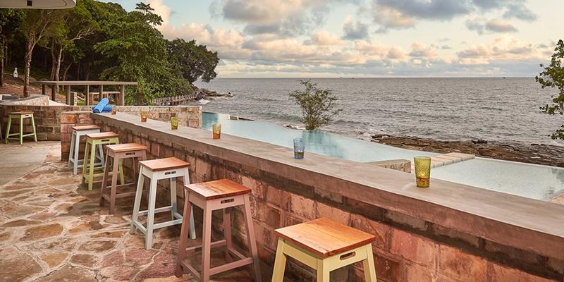 Beach_Bar Independence